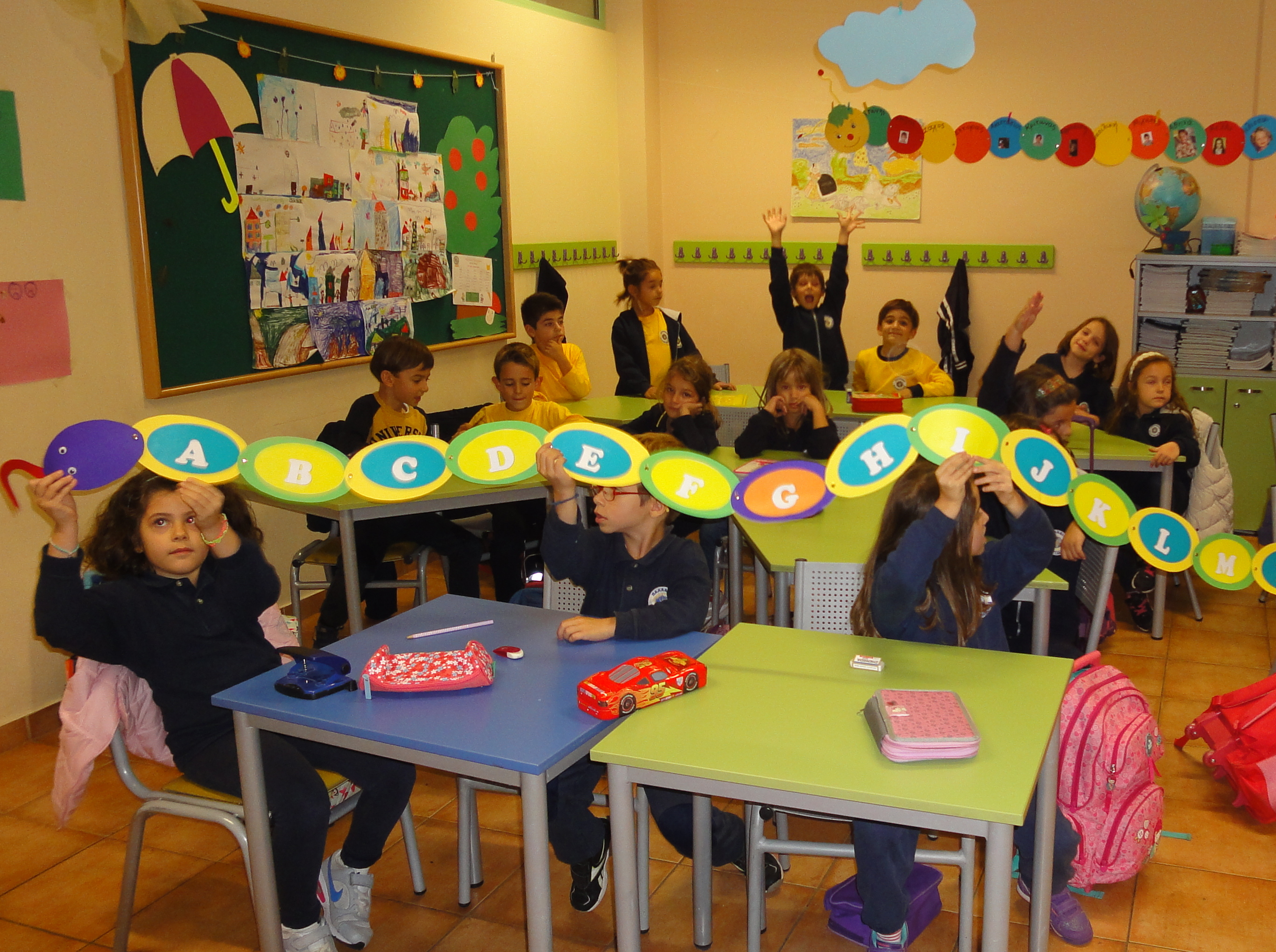 OH NO! A SNAKE IN THE CLASSROOM!