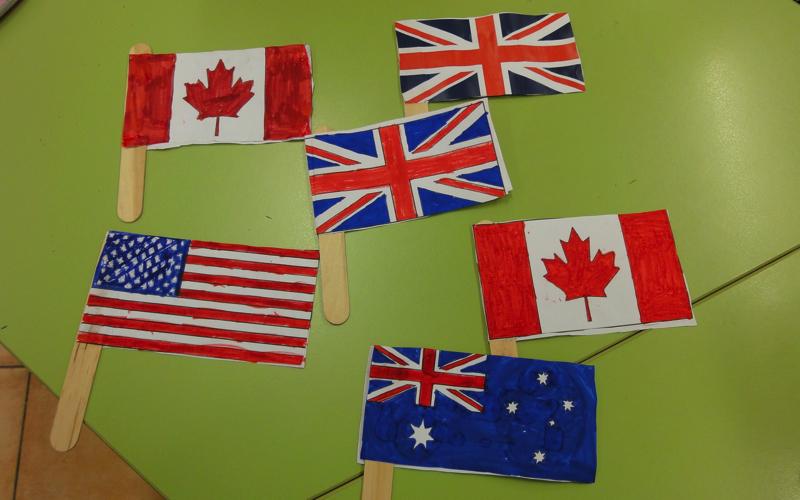 NATIONAL FLAG CRAFT